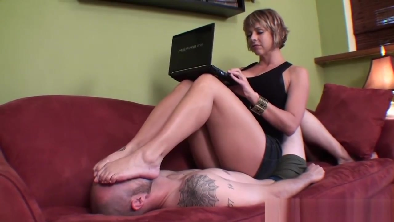 Pron Videos Sexy leather clad women