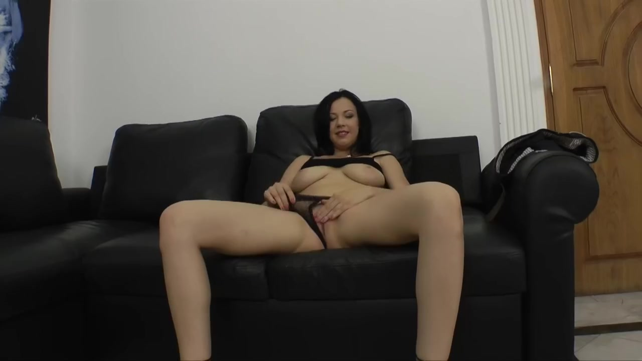 Porn Pics & Movies Horny kik girls