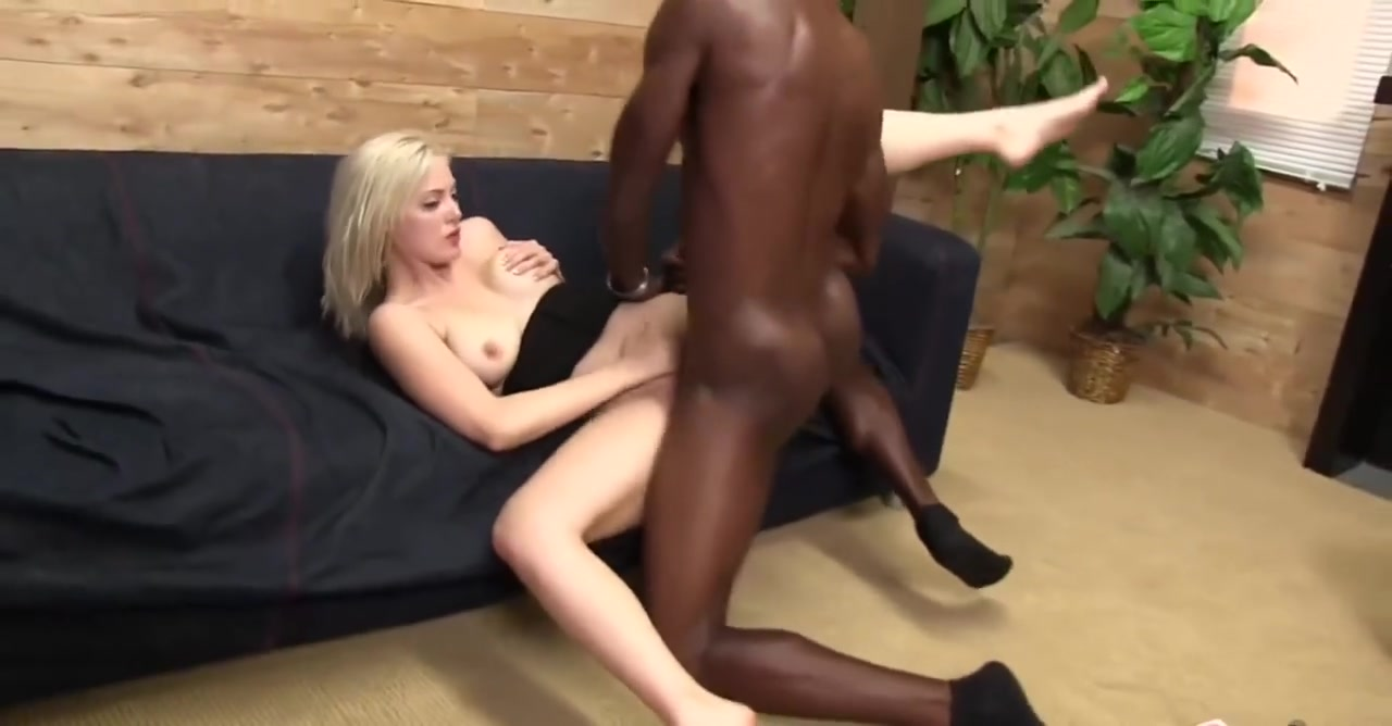 Naked xXx Amateur bbw big boobs tanlines