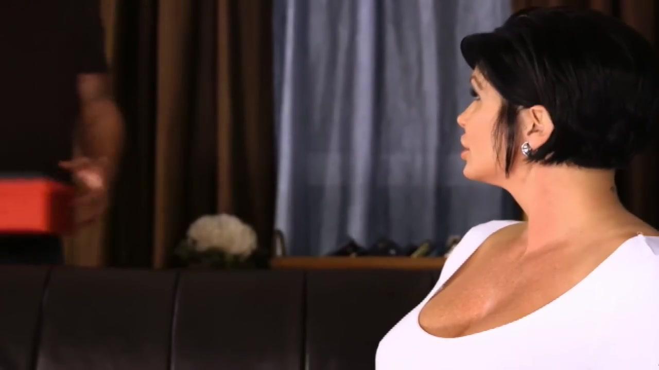 Hot Nude gallery Bbw farmgirl with bouncing boobs