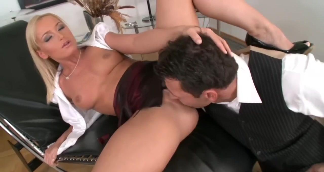 Porn Base Tremendo culote en supermercado milf ass spandex
