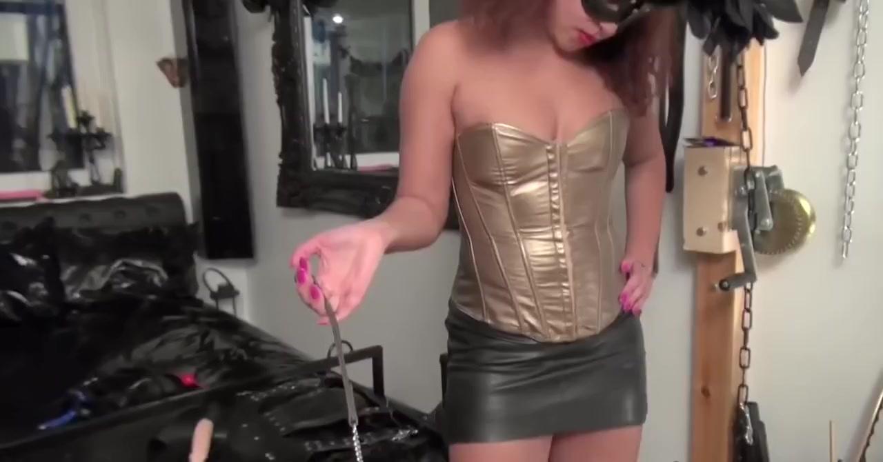 Naked Porn tube Leelee sobieski sexy nude
