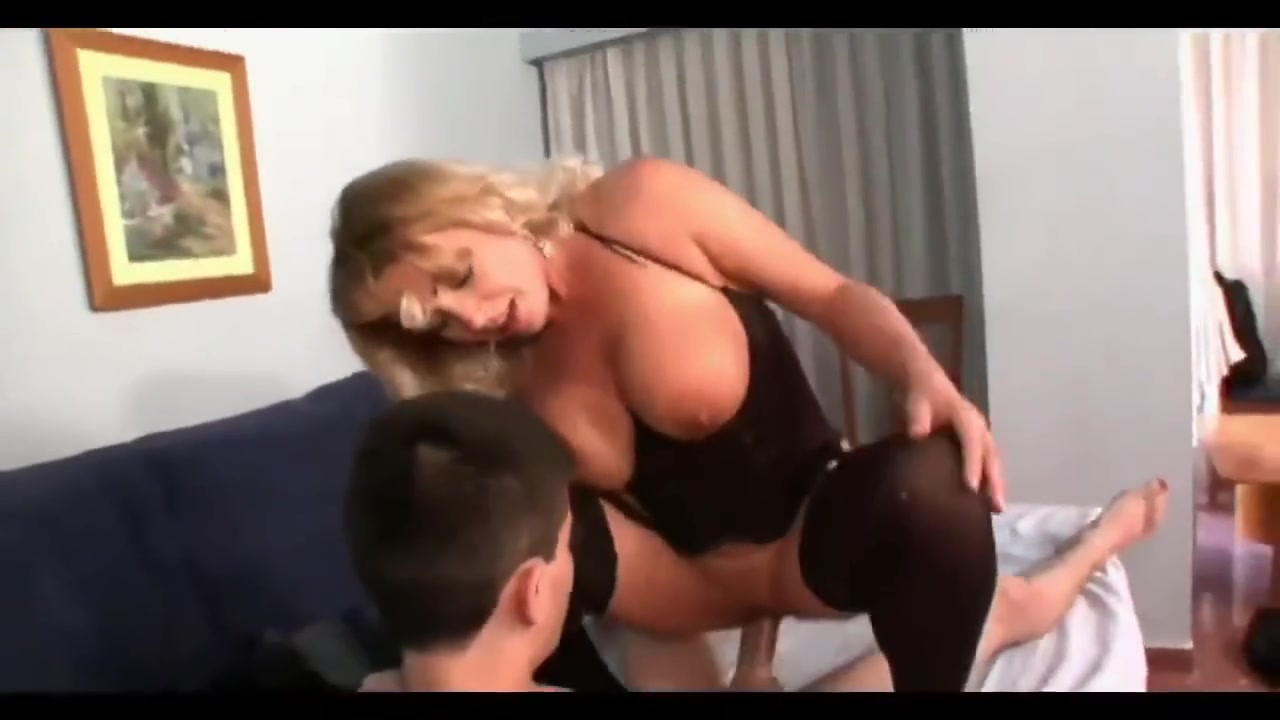 Sexy xxx video Mature by meaculpa2001
