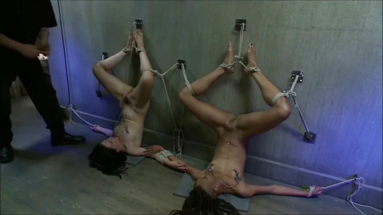 Nude gallery Latina amal
