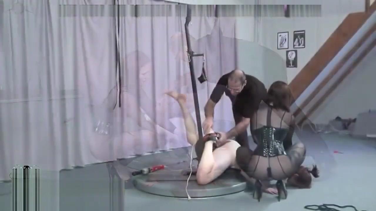 Sexe Beautiful orgy lesbos