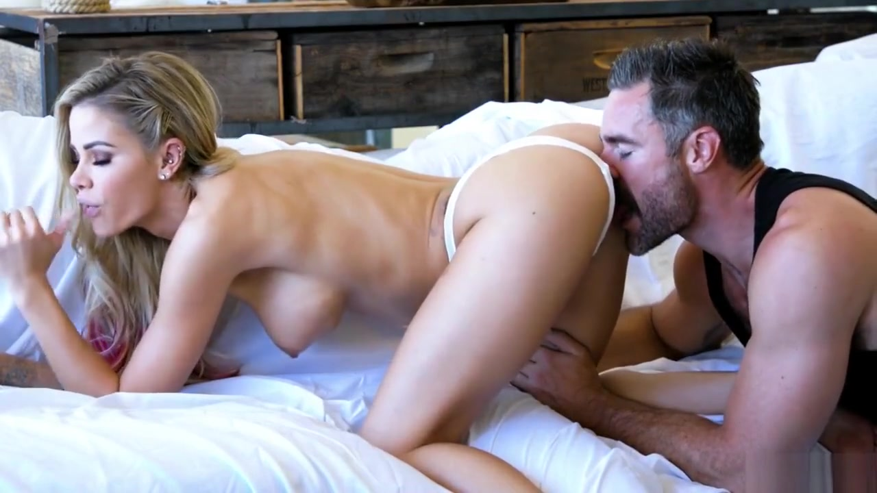 Sexy Galleries Girls cumming while getting fucked