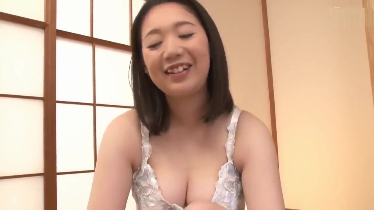 XXX Video Mature loves dick and anal