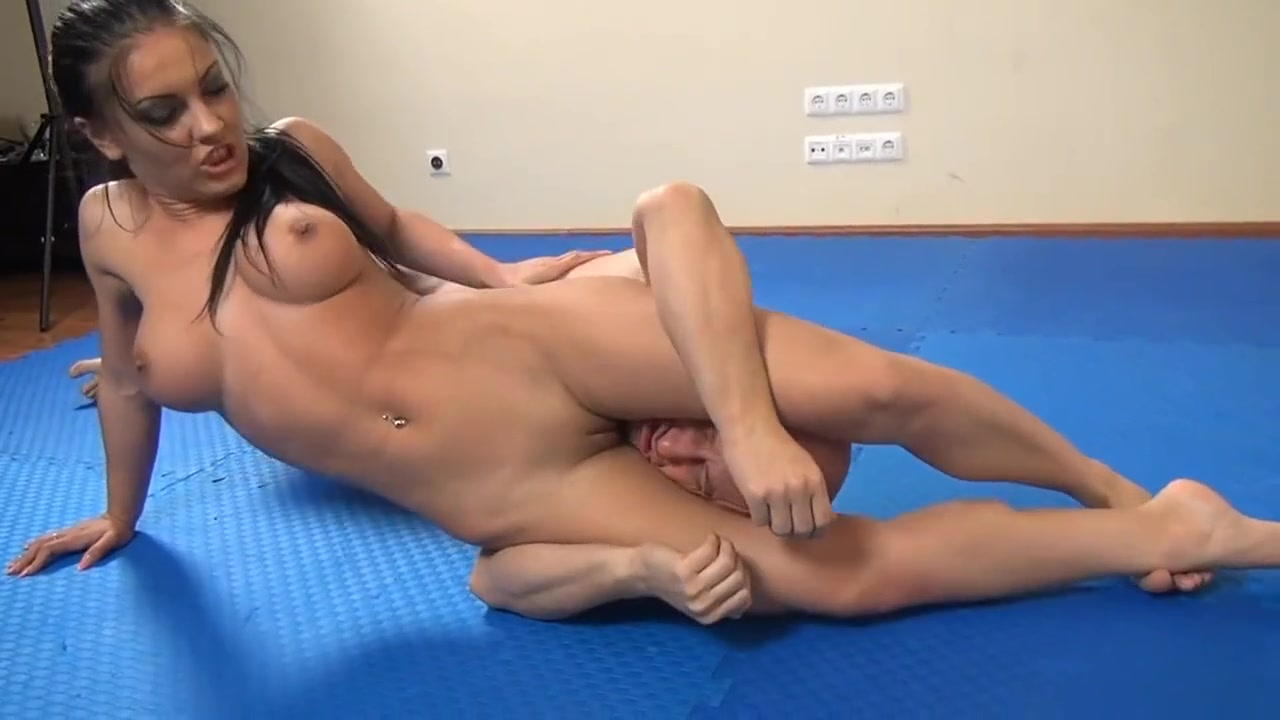 Dominant brunette wrestles and milks guy Deandra Dee