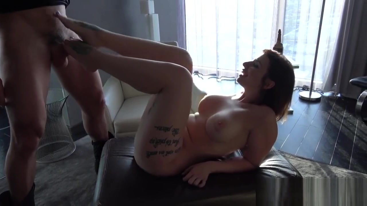 girls kissing and licking each other XXX Video