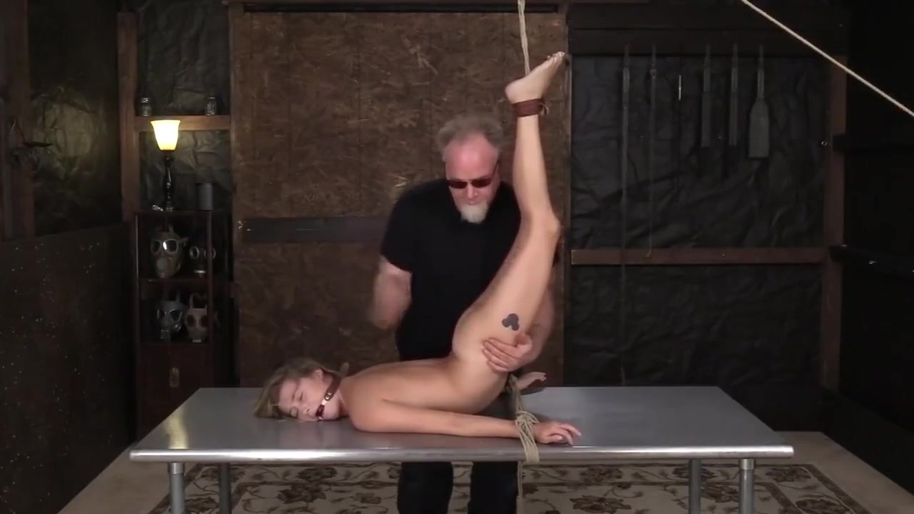 Naked Gallery Professional people meet