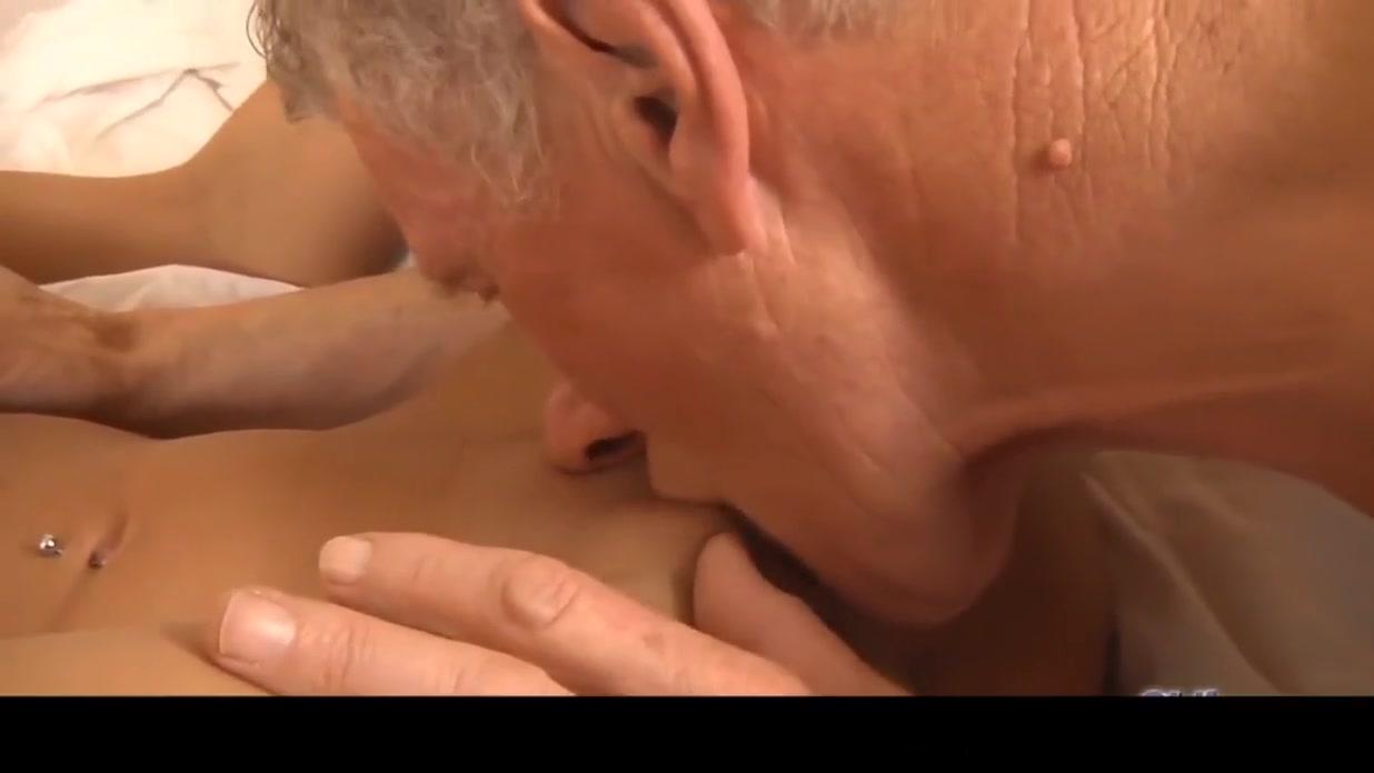XXX Porn tube Private nudist family russia