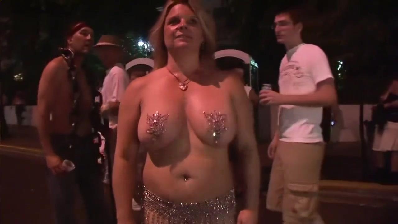 Xxx blonde girls Naked FuckBook