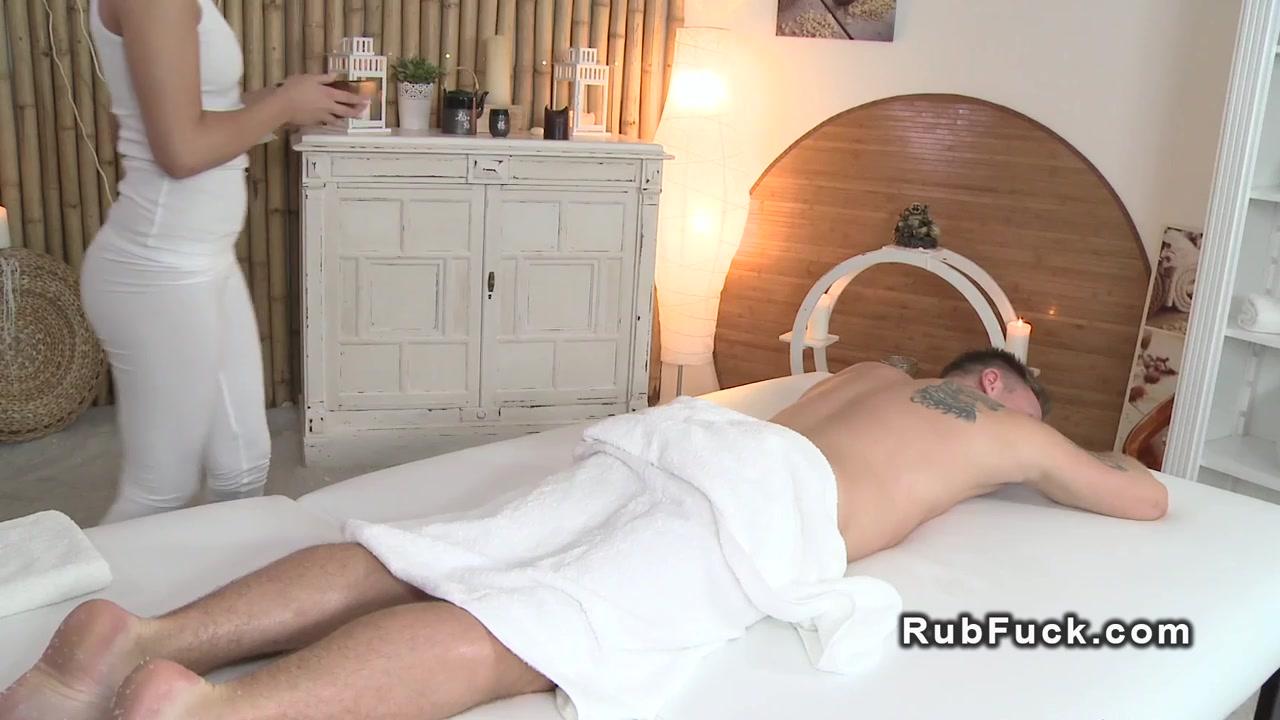 Good Video 18+ Tafellinnen online dating