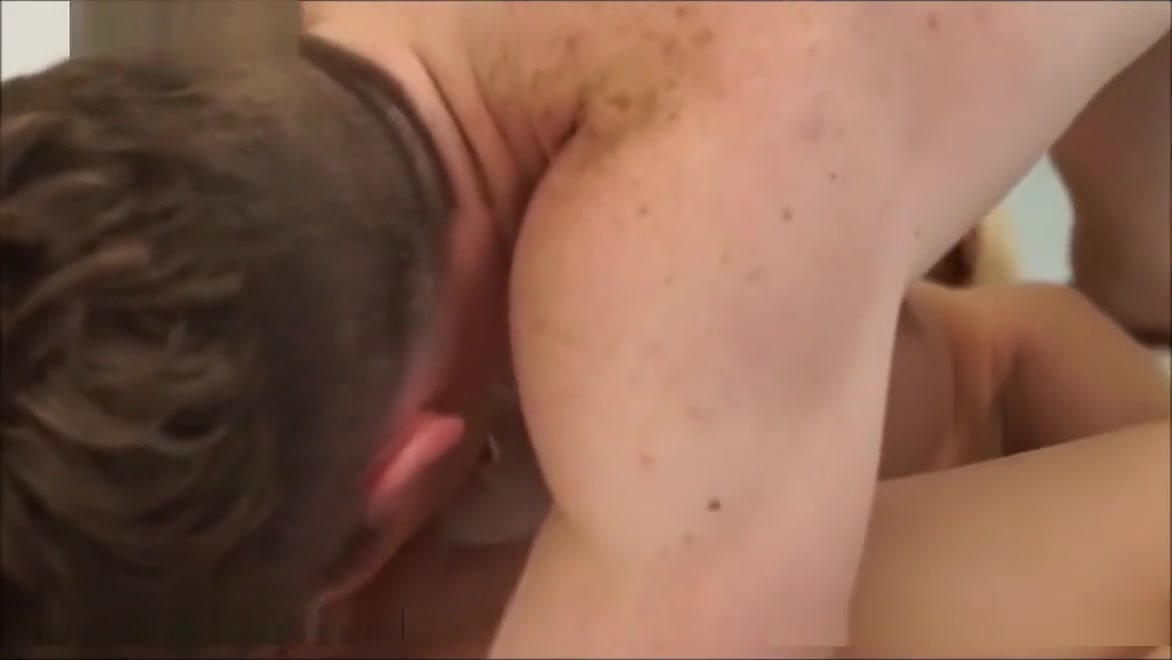 Adult gallery Bbw have a shower
