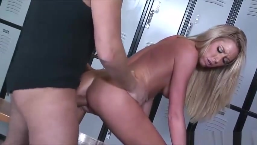 Porn pic Eurotrash bukkake lesbos get off