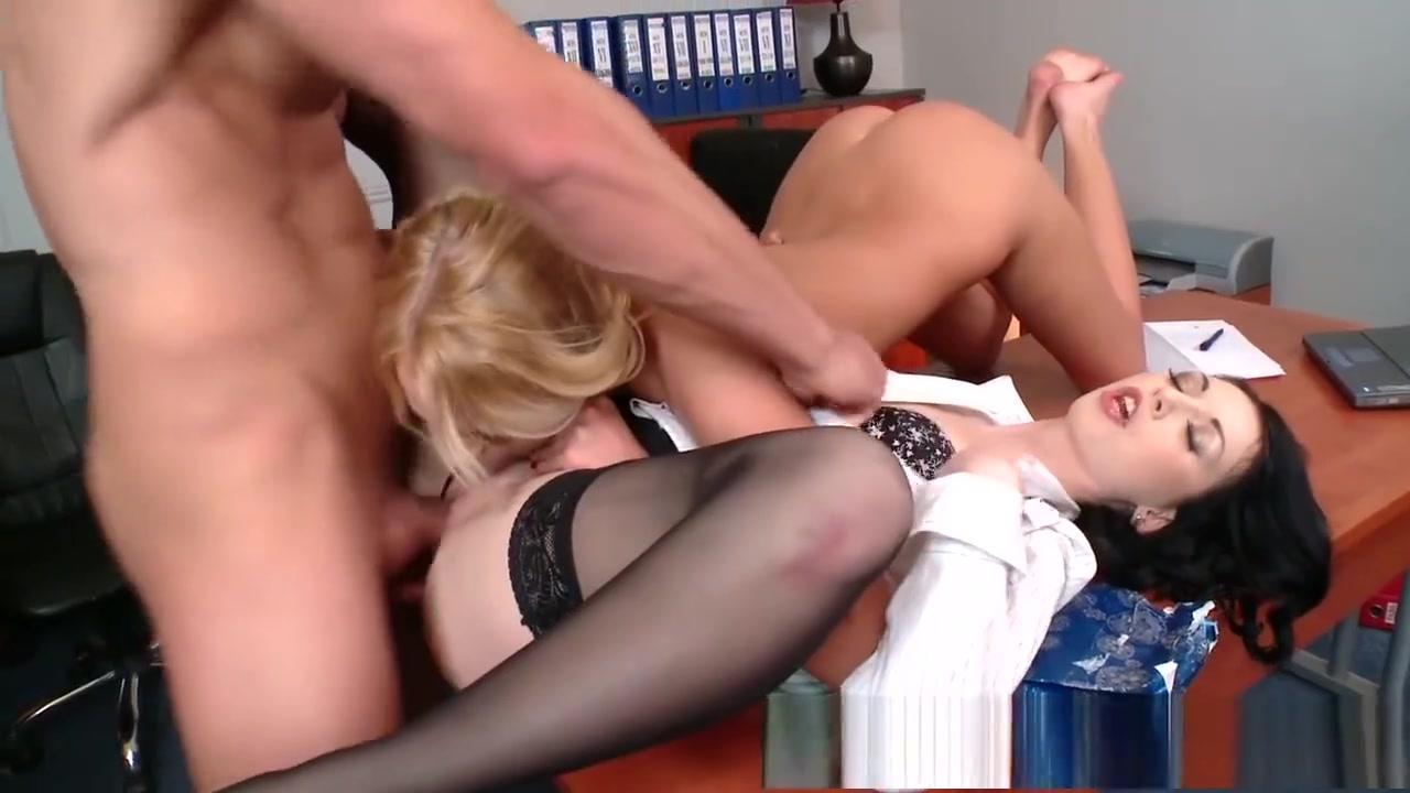 New xXx Video Hot Clarice deliciously sucks cock