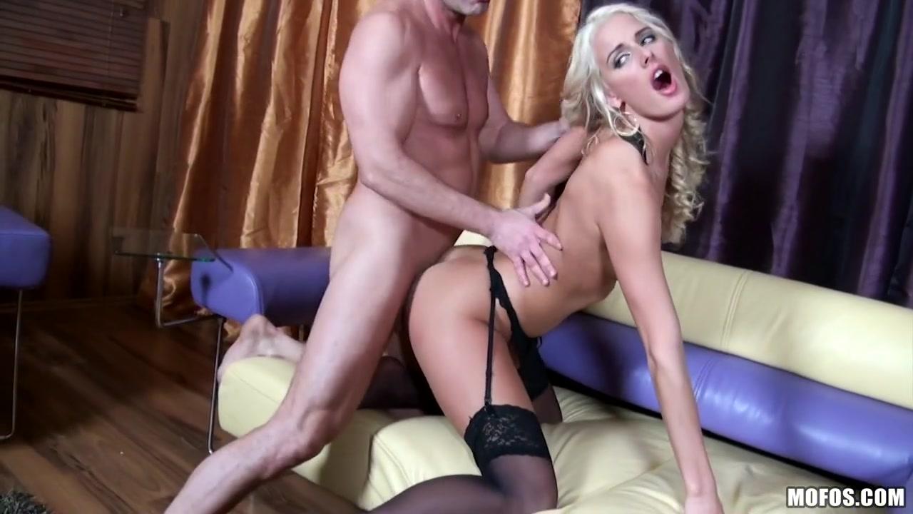 Dicksucking ssbbw enjoys getting fucked Sex photo