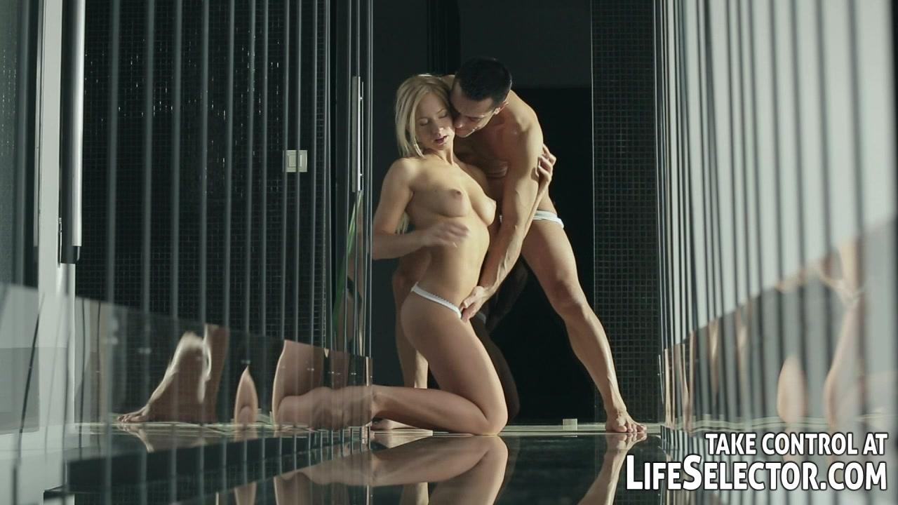 Sexy video porn online All porn pics