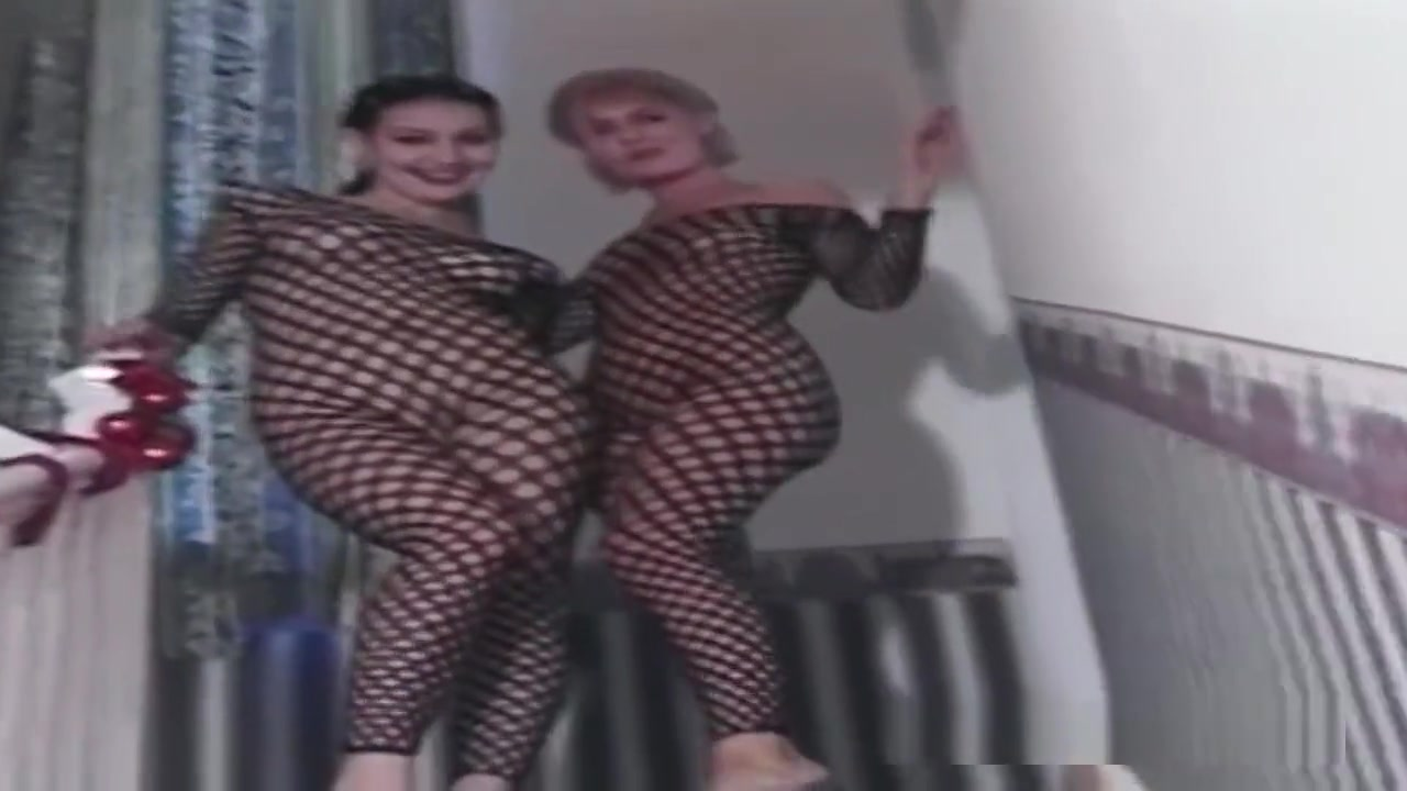Tiny Midget and Fat BBW Women Lesbians Naked Porn tube