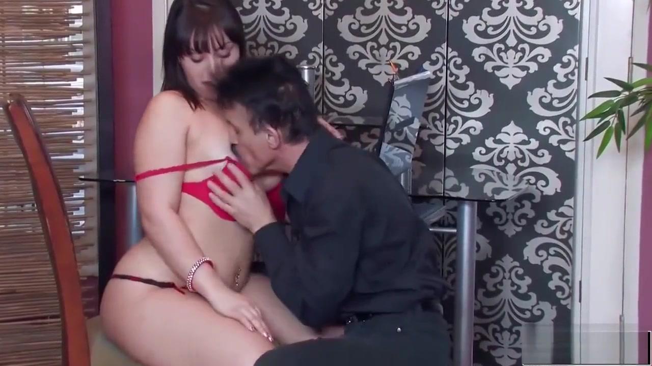 Naked xXx Pornstar cam show