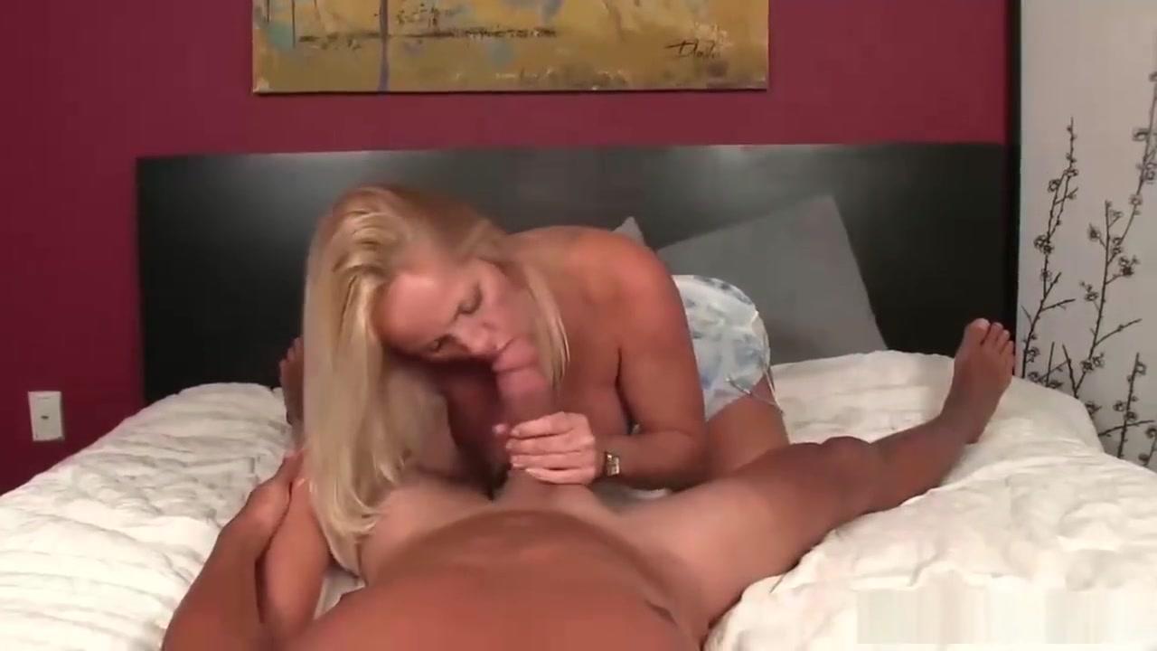 Hot Nude Butt plug dildo combo