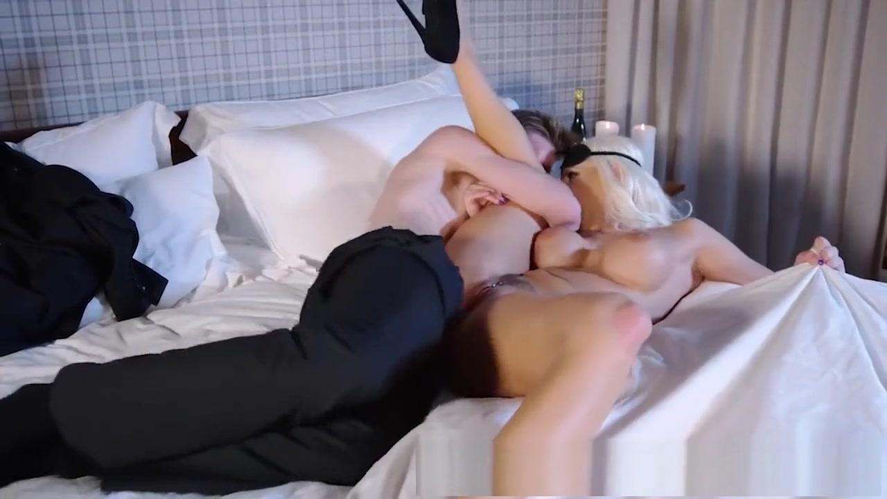 Porn clips Upskirt granny photos