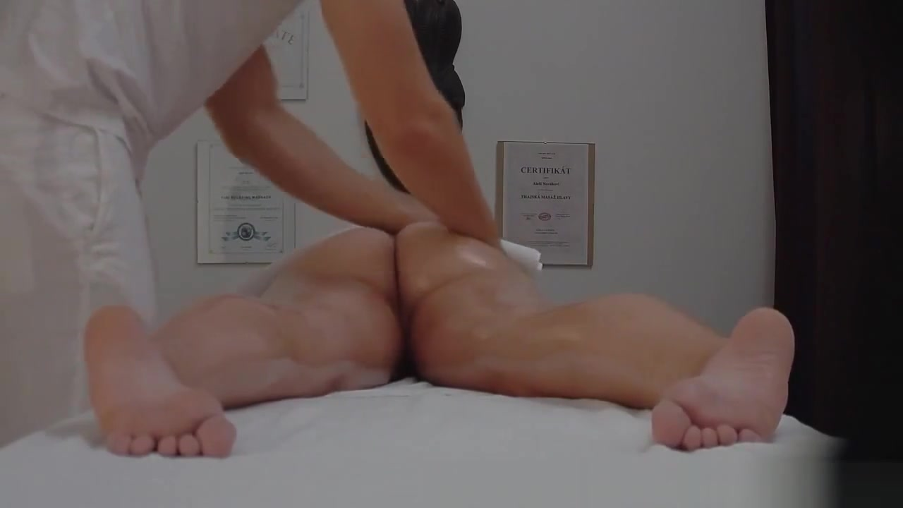 Pornostar for weekend Porn pic