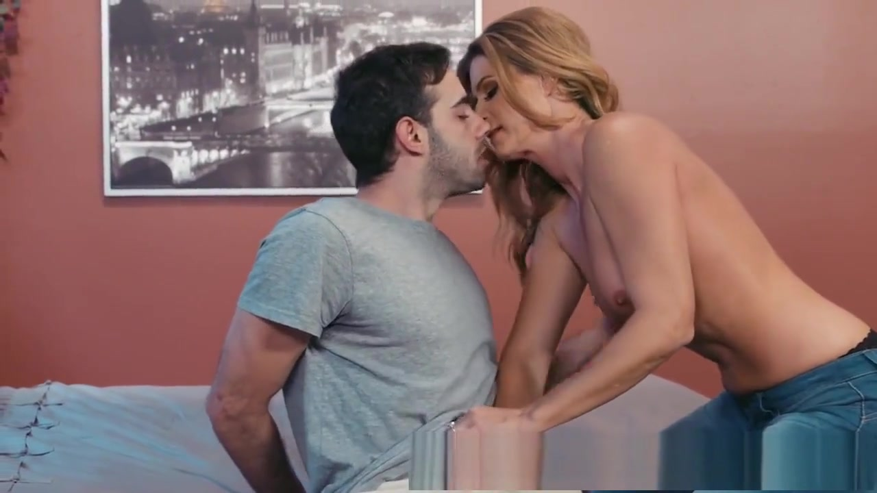 xXx Pics Family sex stories and videos