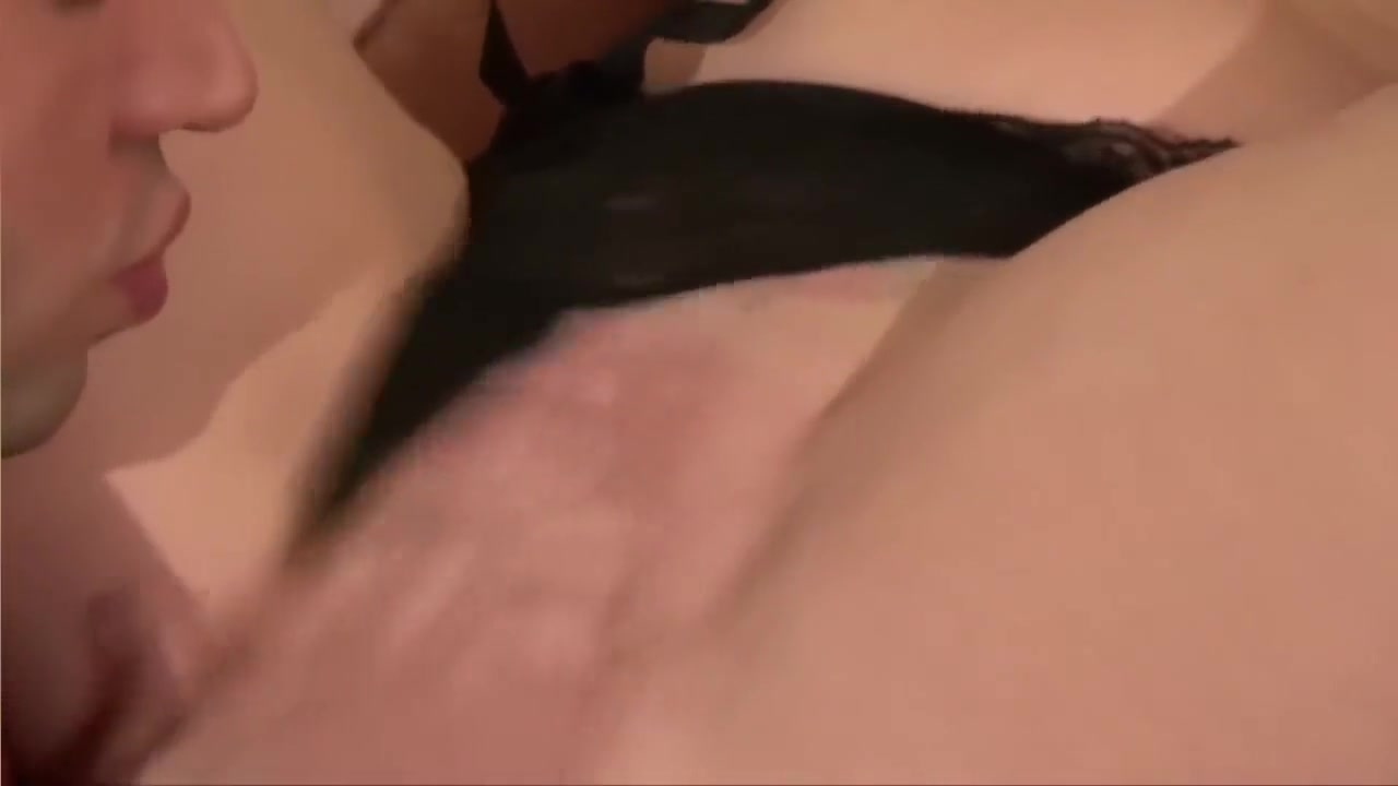 Galleries pussy Shaved mature