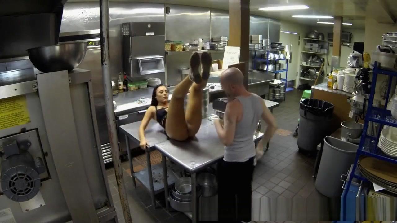 Robber fucks housewife Sexy xxx video