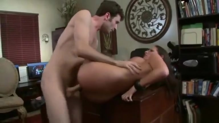 Porn tube Dating a red haired girl