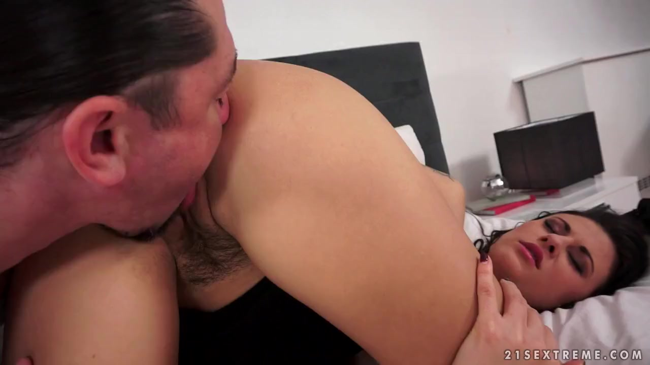 Teenagers having sexual intimacy in relationships Porn clips