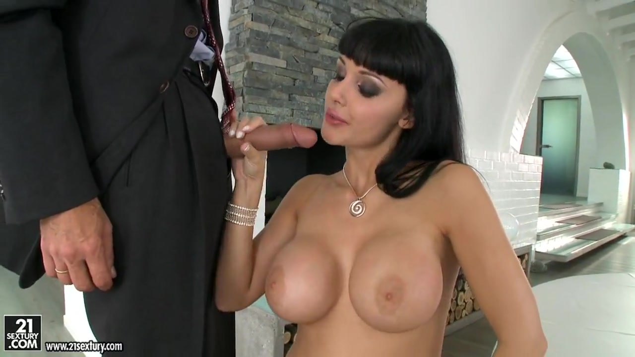 XXX Photo Anusha Boob Grab