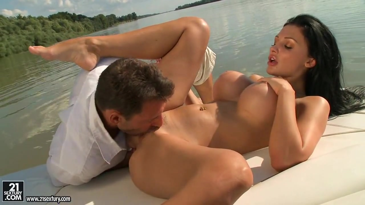 Demi mawby nude Naked FuckBook