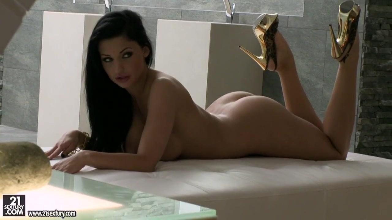 Sexy Photo True stories wife slut sucking threesome