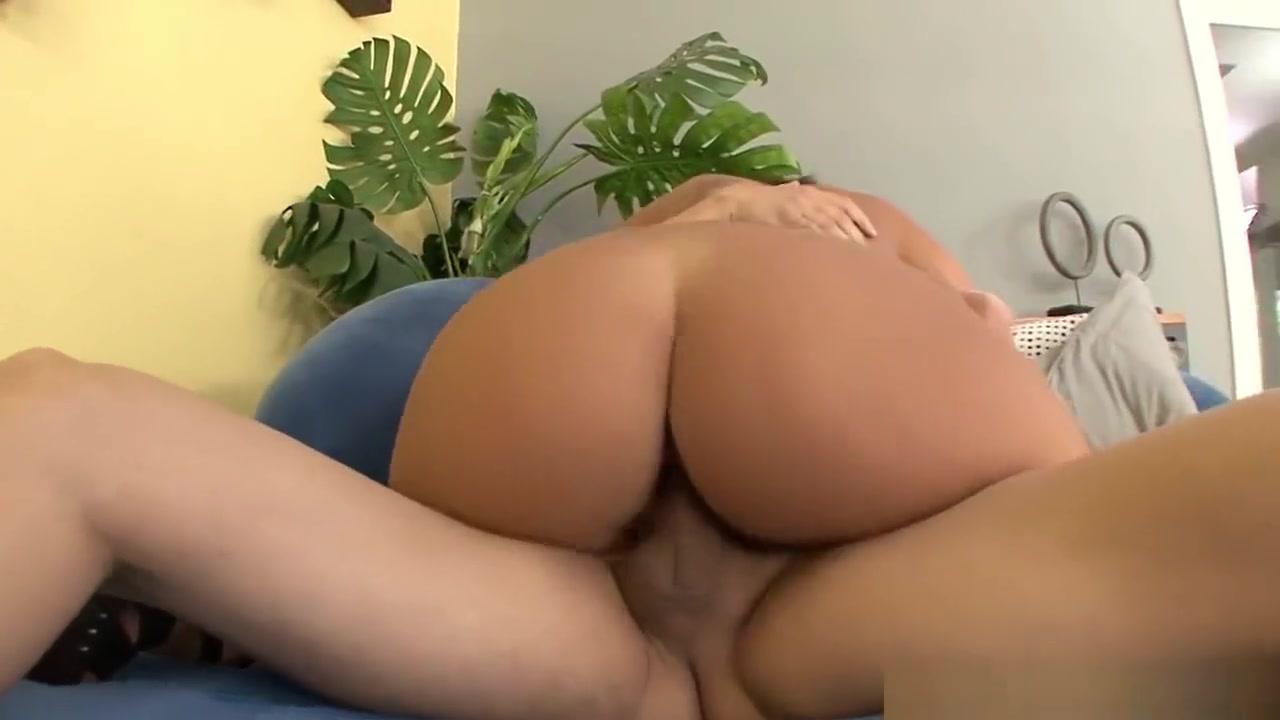 Sexy xxx video Asian wet blow job