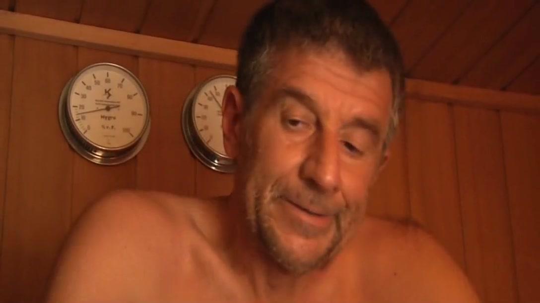 Naked xXx Base pics Why do women like funny men
