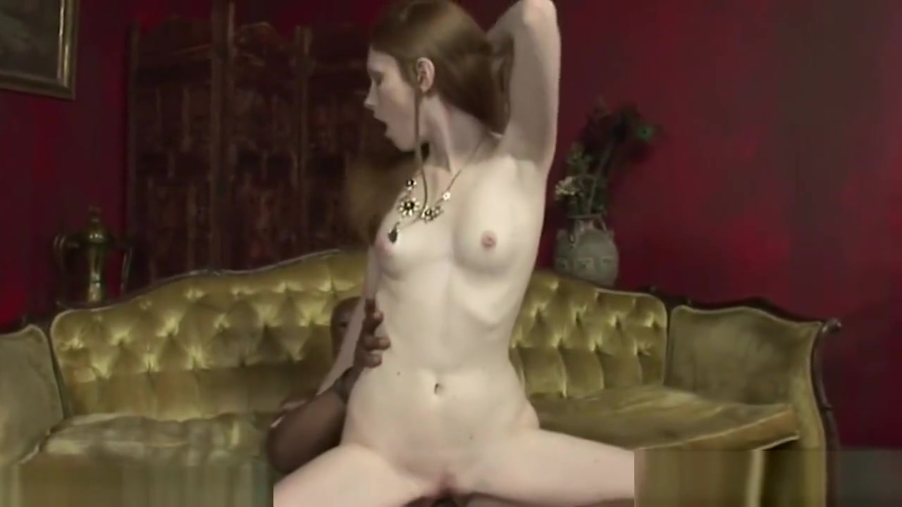 Hot Nude Story of virgin girl fuck