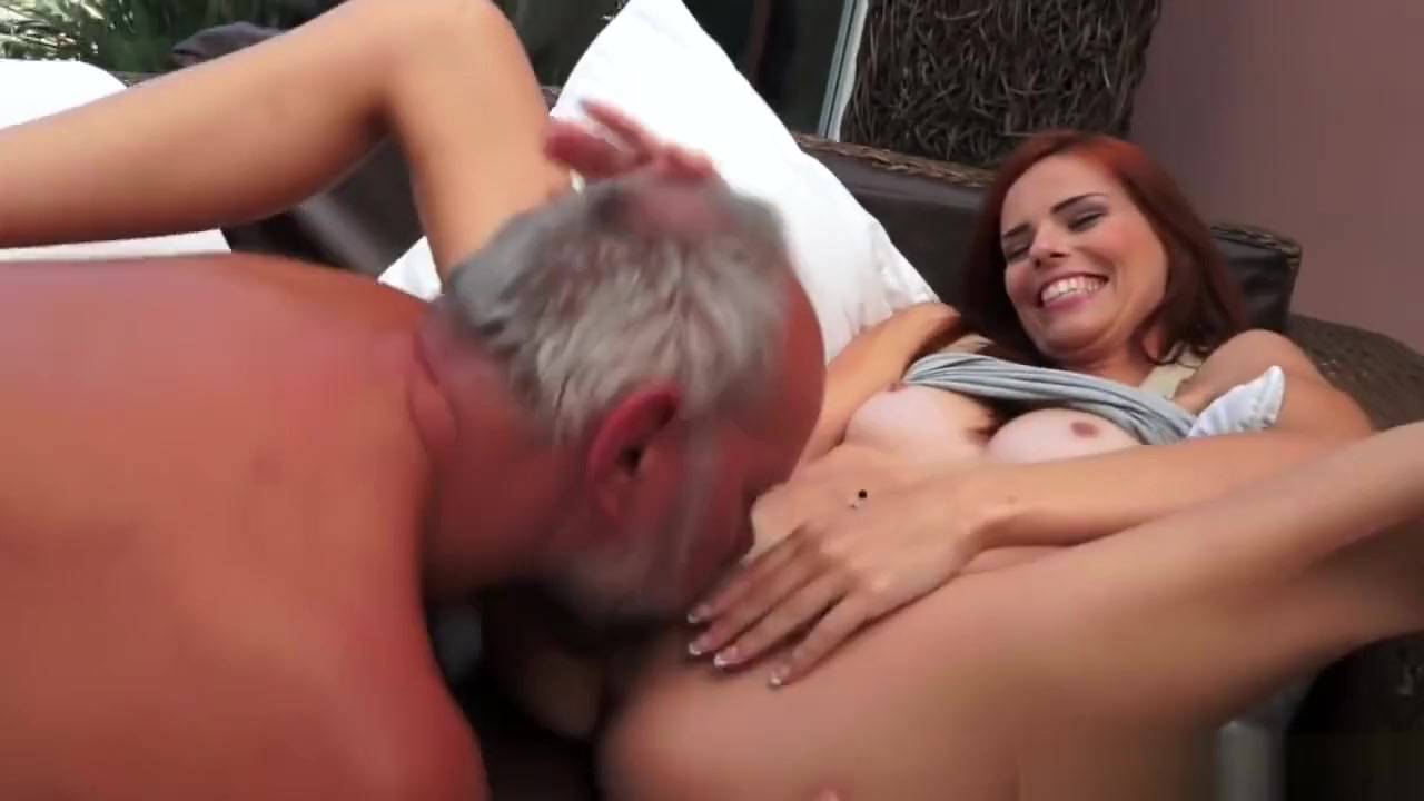 Jackpot Redhead - Hardcore sex video Man squeeze girl tits