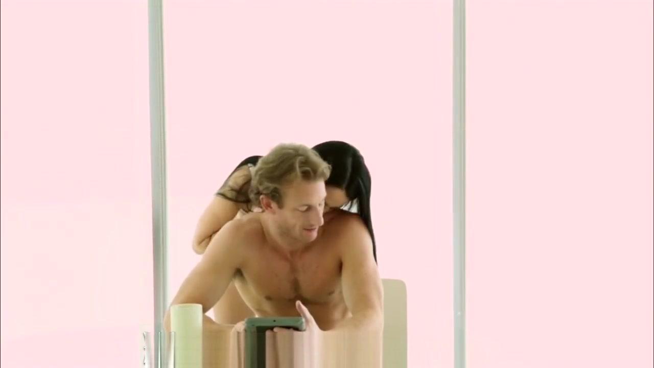 Naked Galleries Amateur video black milf threesome