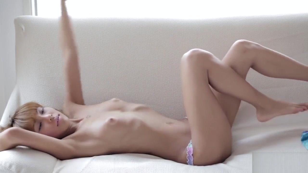 Nanami Sugisaki bares shaved pussy usa anal desktop girl