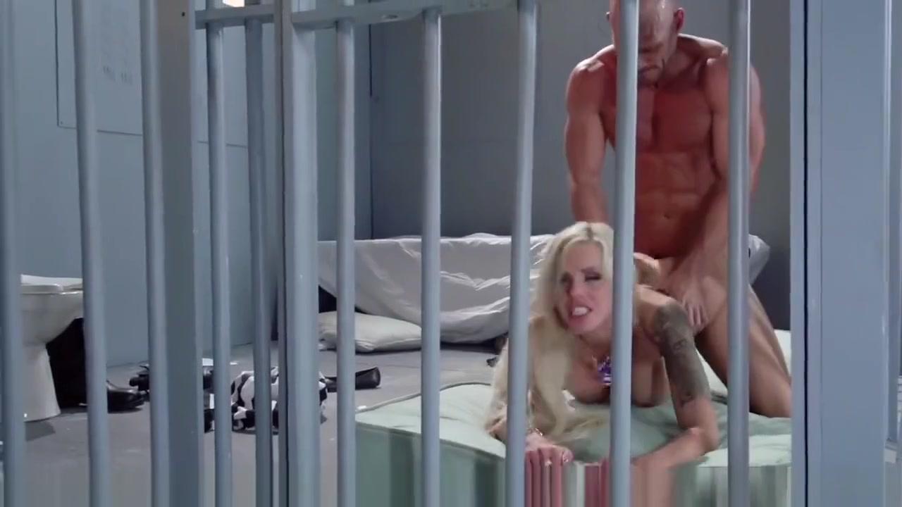 Horny kik lesbians Excellent porn