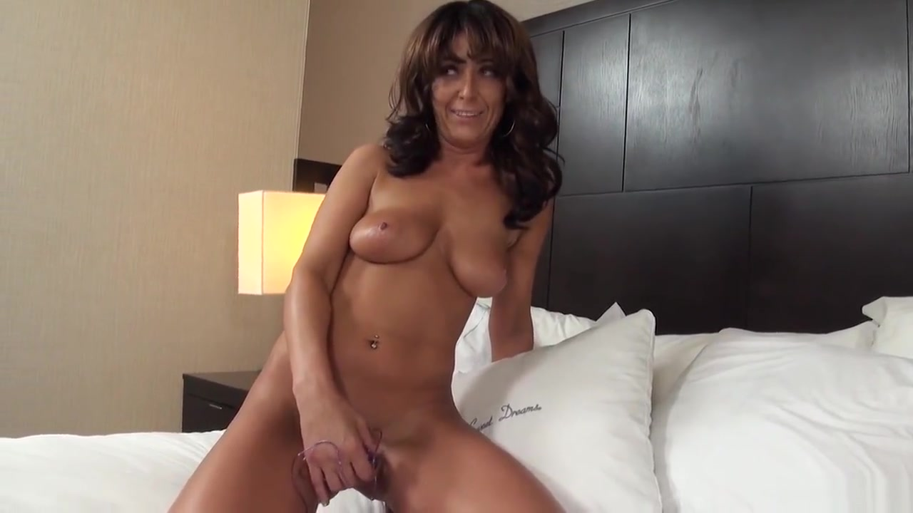 Sex photo Naked cougars