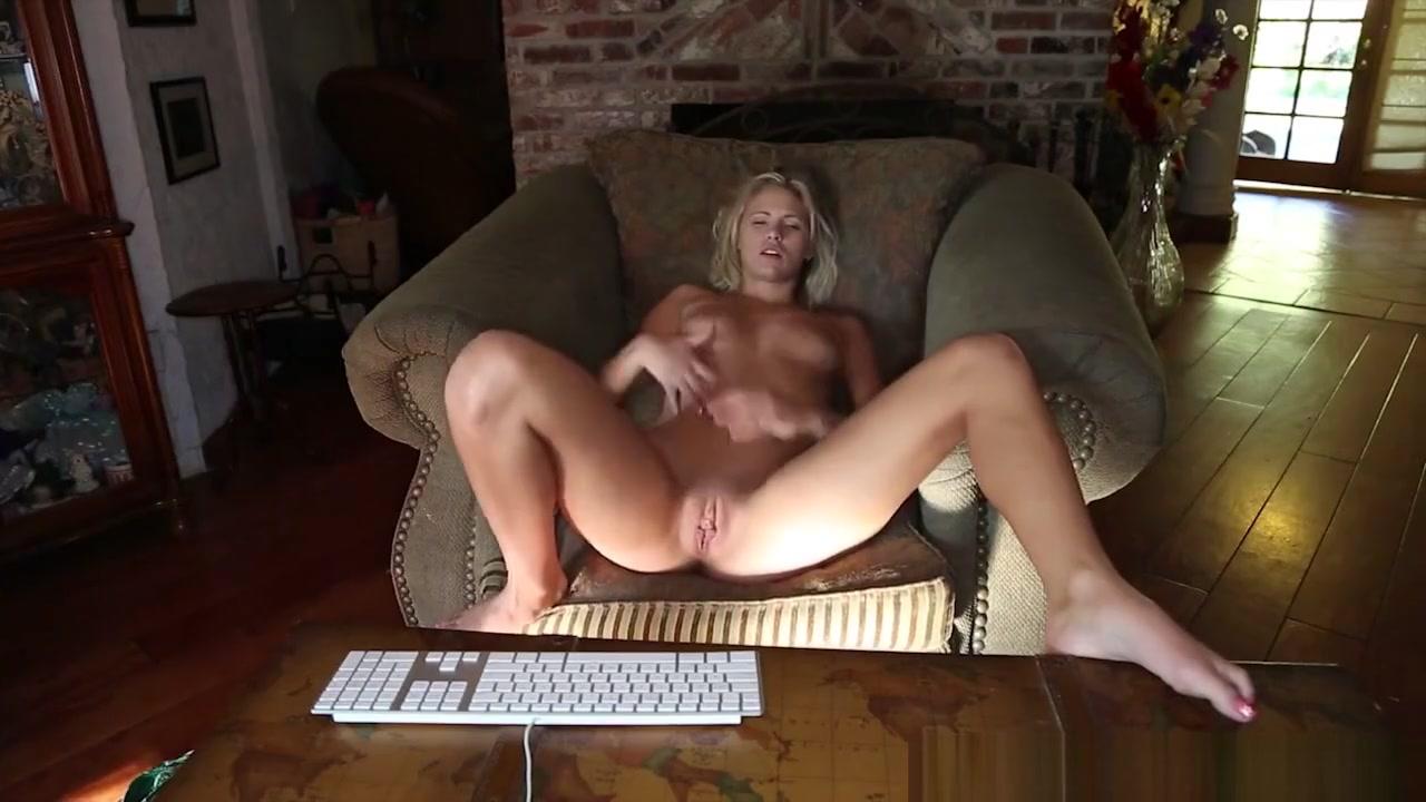 Nude pics Www realw4m com