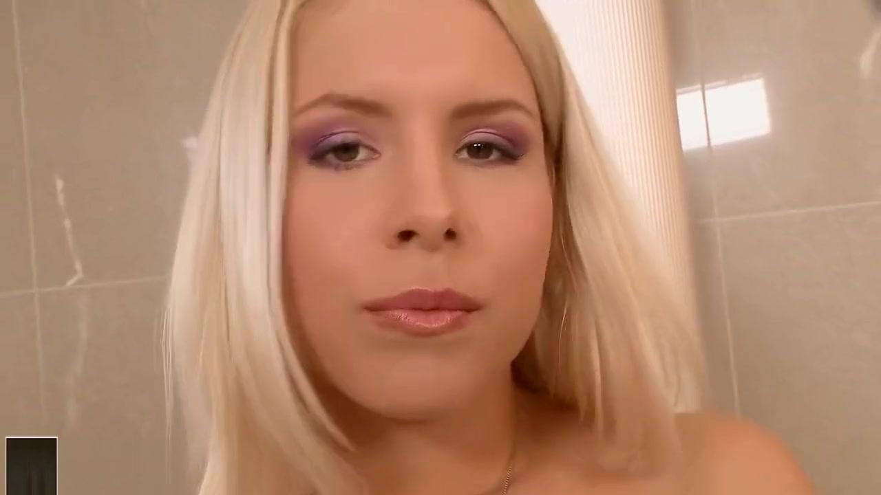 XXX photo Ebony slut gets fucked