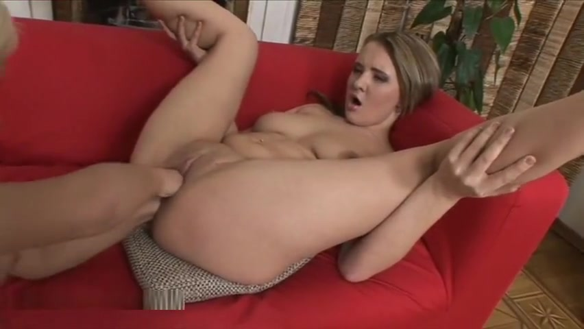 Dusia has her pussy and ass fisted by Lolly French style fuck naked