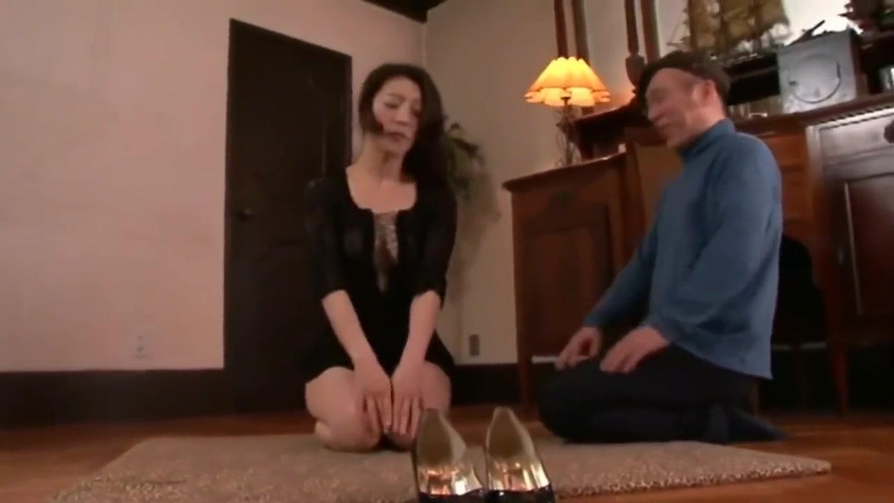 Weird Japanese Milf Gokkun