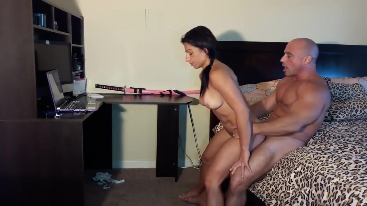 Hot Nude Threesome with Havana Giner and Davia Ardell