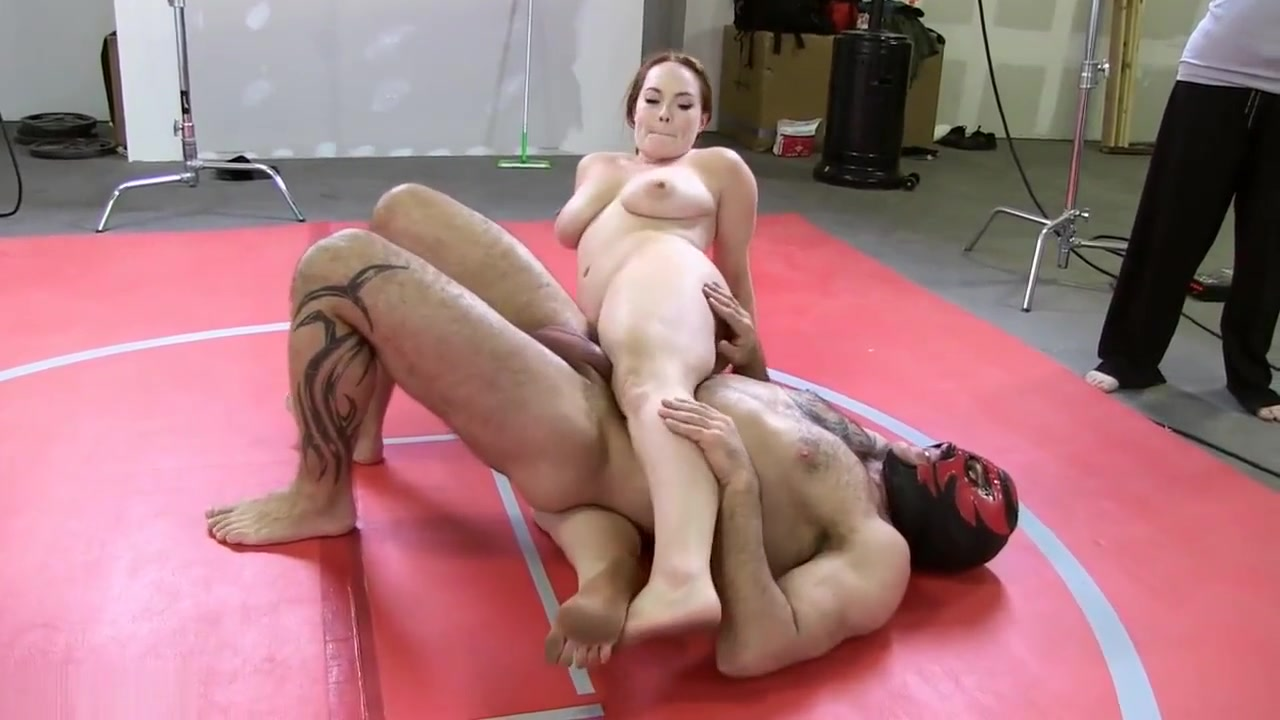 Hand on mature pussy Naked Porn tube