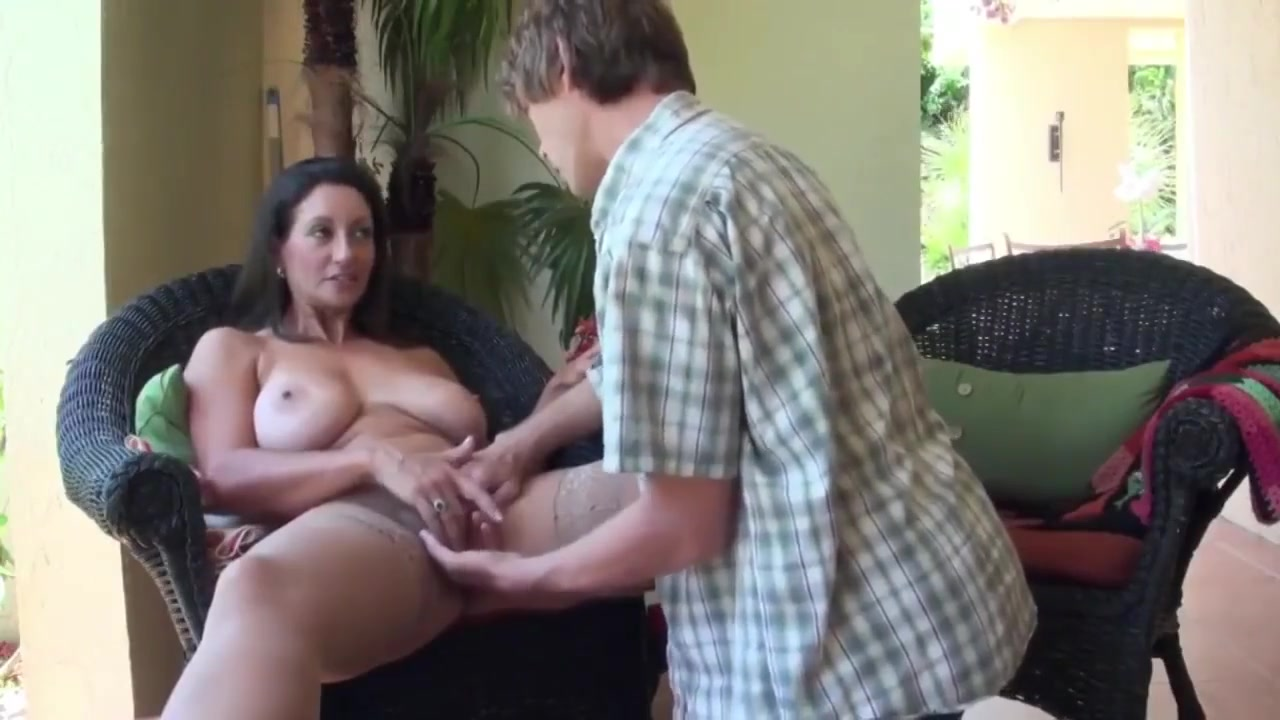 Hot Nude gallery Condurul si trandafirul online dating